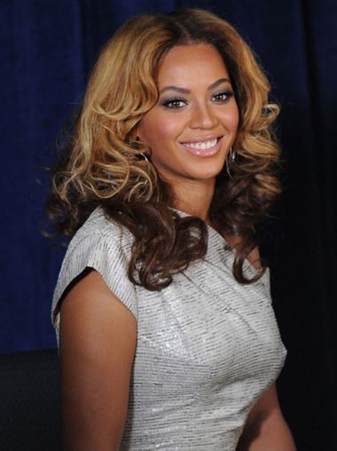 "18"" Shoulder Length Wavy Full Lace Wigs Celebrity Wigs"