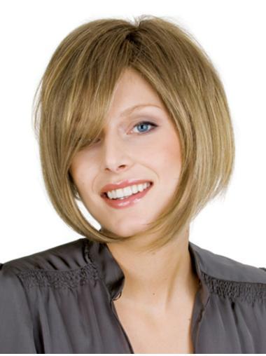 Bobs Faddish Blonde Wavy Medium Wigs