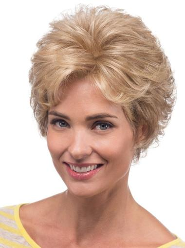 Blonde Wavy Synthetic Fashionable Medium Wigs
