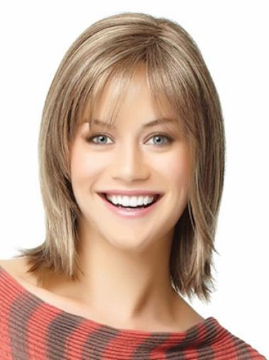 Mature Blonde Straight Shoulder Length Wigs