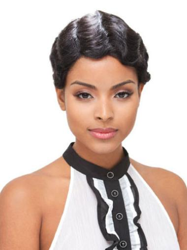 Black Wavy Brazilian Remy Hair Glamorous Short Wigs