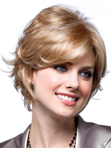 Blonde Wavy Synthetic Impressive Short Wigs