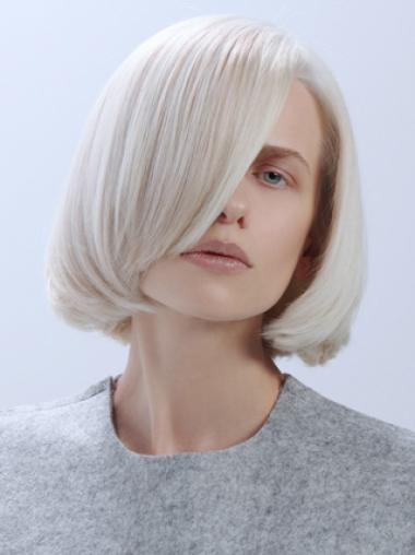 Simple Elegance Platinum Blonde Chin Length Lace Front Wigs