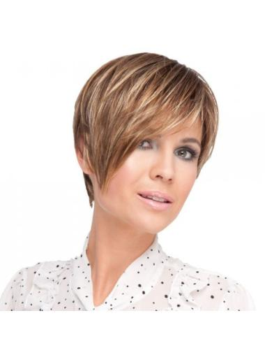 Blonde Easeful Layered Straight Short Wigs