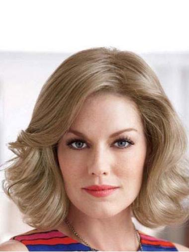 New Blonde Wavy Chin Length Classic Wigs