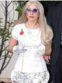 Stylish Wavy Long Lady Gaga Wigs