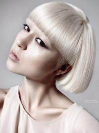 Young Fashion Platinum Blonde Short Bobs Lace Front Wigs