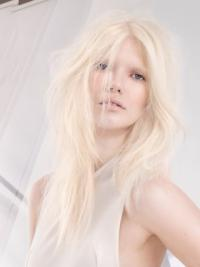 Young Fashion Platinum Blonde Long Style Straight Lace Front Wigs